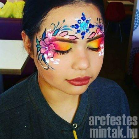 Virágos maszk arcfestés, Hegedűs Eszter
