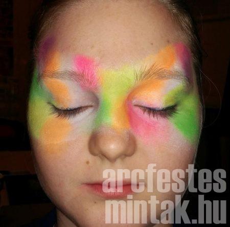 3. Vidd fel az UV narancs és pink arcfestéket