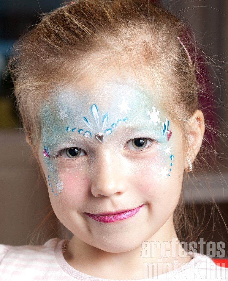 Jéghercegnő arcfestés kislányoknak