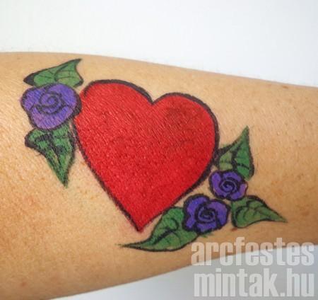 Szív virág arcfestékkel 3.