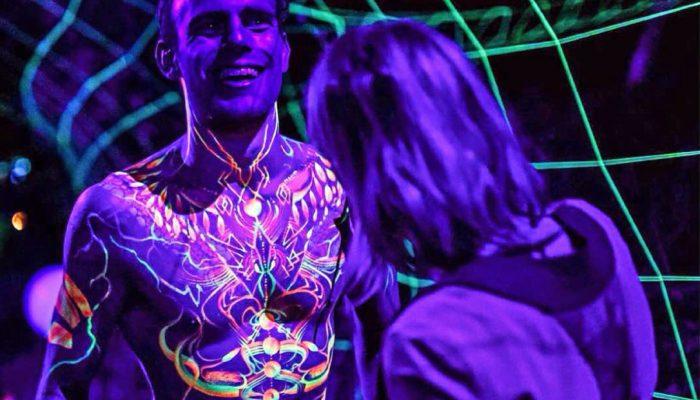 UV testfestés, arcfestés képek