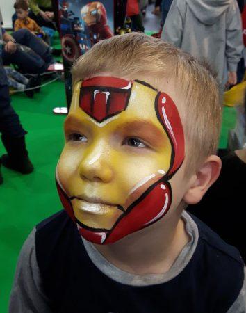 Vasember arcfestés, forrás: Malowanie twarzy