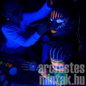 UV testfestés
